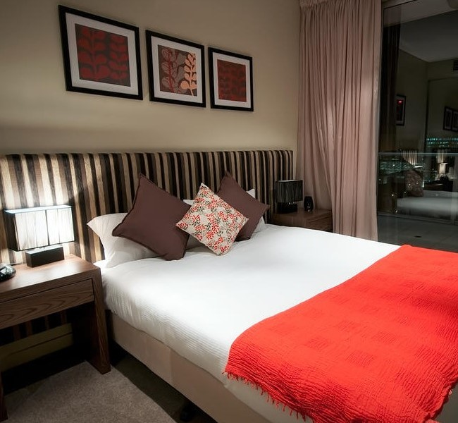 North Terrace hotel room - serviced apartment accommodation